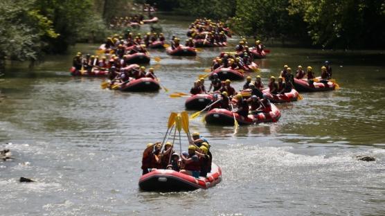 Raftingçilerden anlamlı destek