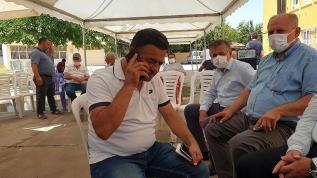 Bakan Gül, Azra'nın babasıyla telefonla görüştü