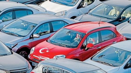 Otomobilde en milliyetçi Türkler!