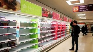 İngiltere'de panik büyüyor: Marketlerde stoklar tükendi