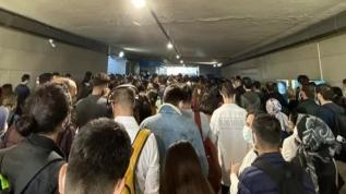 İstanbul'da toplu taşıma çilesi bitmek bilmiyor!