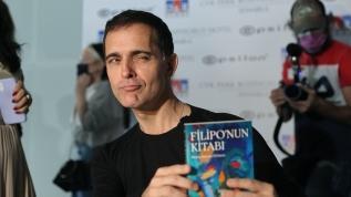 """""""La Casa de Papel"""" dizisinin Berlin'i O'choro, kitabının tanıtım programına katıldı"""