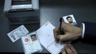 Sayan: Kimlik kartları güvenli elektronik imza atabilmek için de kullanılabilecek