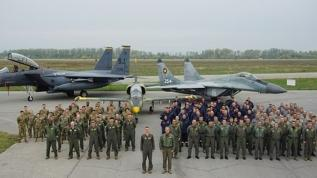 ABD'nin F-15 uçakları, tatbikat için Bulgaristan'a geldi
