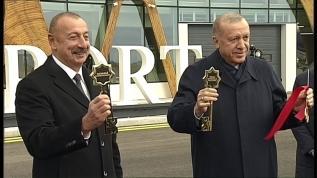 Başkan Erdoğan Fuzuli Havalimanı'na inen ilk lider oldu